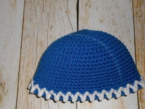 Очаровательная шапка крючком 👏