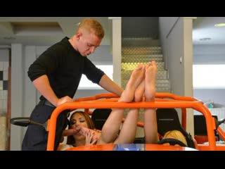 FootJob HD порно футфетиш ноги ножки Eva Berger рыжая дрочит фетиш секс anal анальный porno foot fetish cum her feet worship
