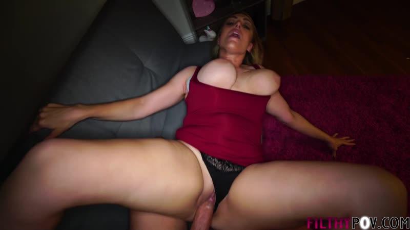 Сын по тихому трахает зрелую мачеху, POV sex family porn incest natural big tit