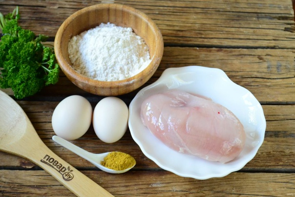 Чипсы из куриного филе  Ингредиенты: Куриная грудка — 250 Грамм Специи...