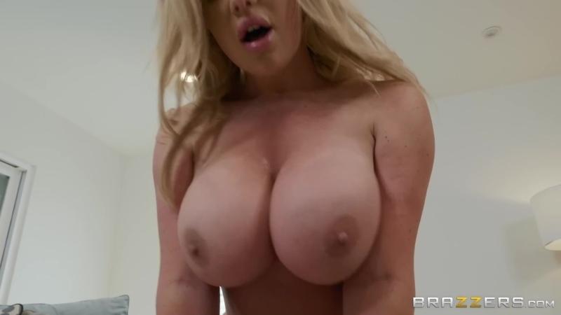 Зрелая жадно трахнула молодого парня, sex porn hot horny milf mature mom woman blond busty big huge milk old tit (Hot&Horny)