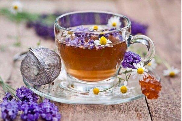 14 целебных добавок к чаю для вашего здоровья  Черный...