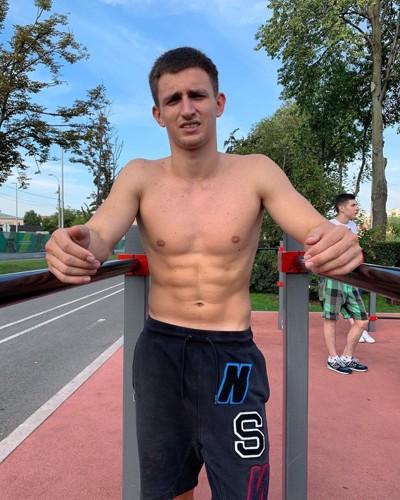 Михаил Литвинов