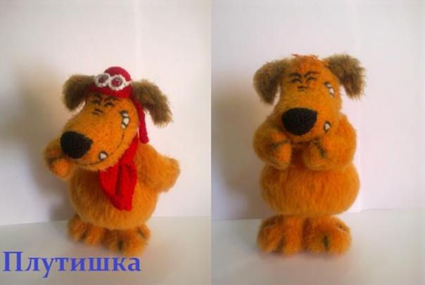 """Cимпатичный герой мультика""""Muttley & Dastardly"""" собака Мэтли."""