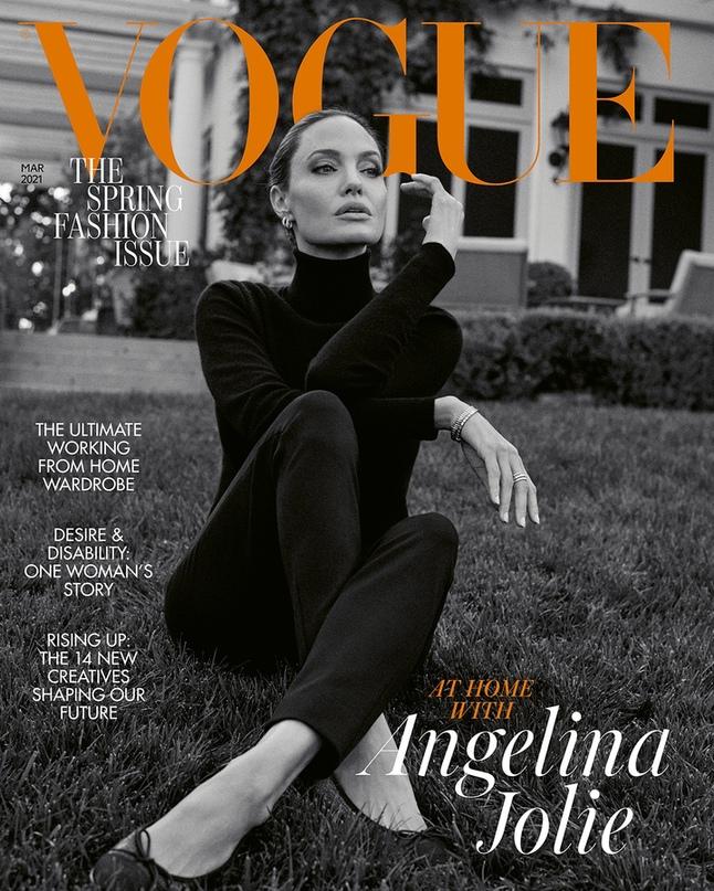 """""""Возраст кажется мне победой"""". Что рассказала Анджелина Джоли в интервью Vogue Britain"""