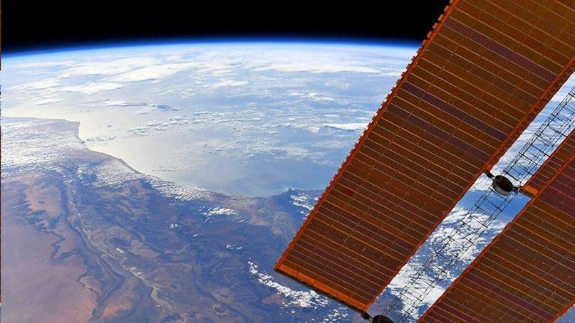«Нас погубит не война, а экологическая ситуация». Российский космонавт подтверди...