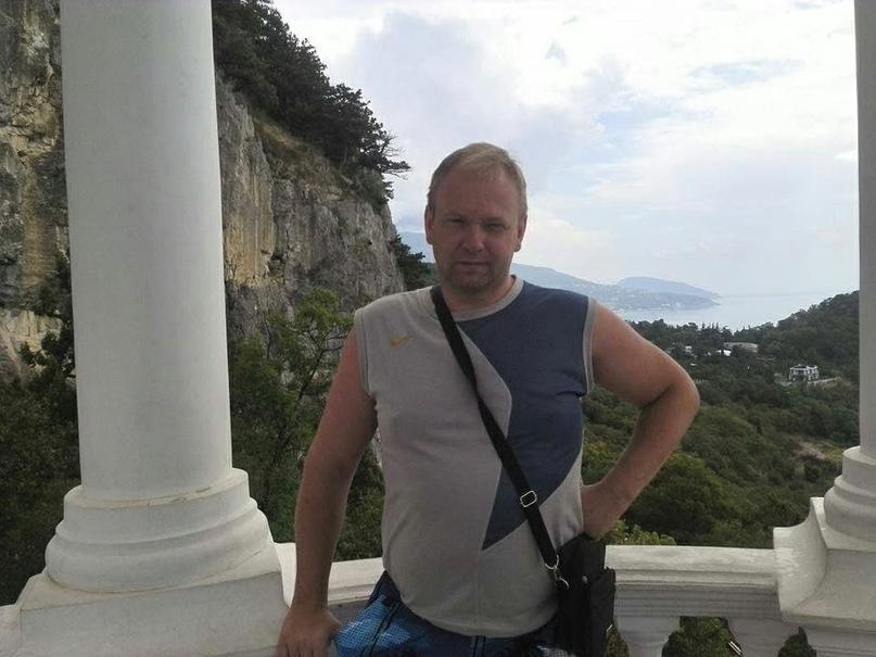 В отставку по собственному желанию ушёл судья Дмитрий Дебой. Он работал в суде Ж...