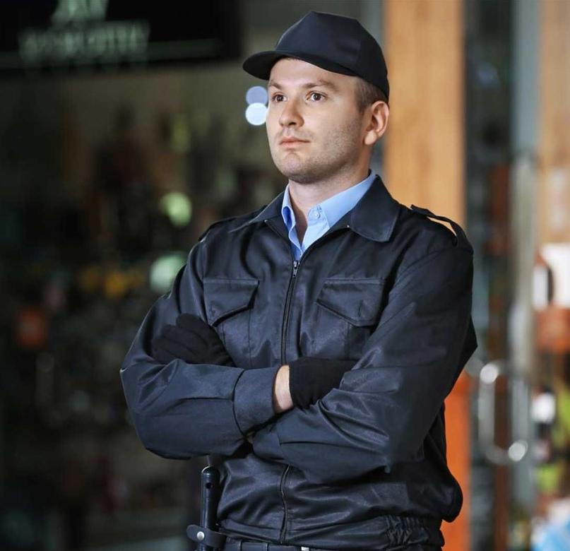 В ЧОП Экстернат секюрити открыта вакансия Охранник на вахту в Москве.