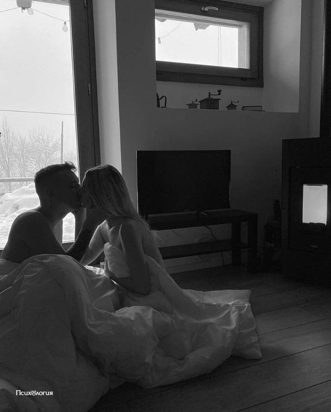 """""""Просыпаешься ты утром, немножко несовершенная, но вполне годная. Худенькая, но..."""