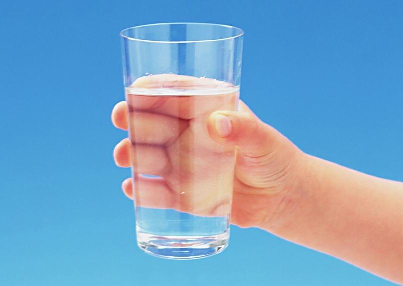 Стакан воды в доме