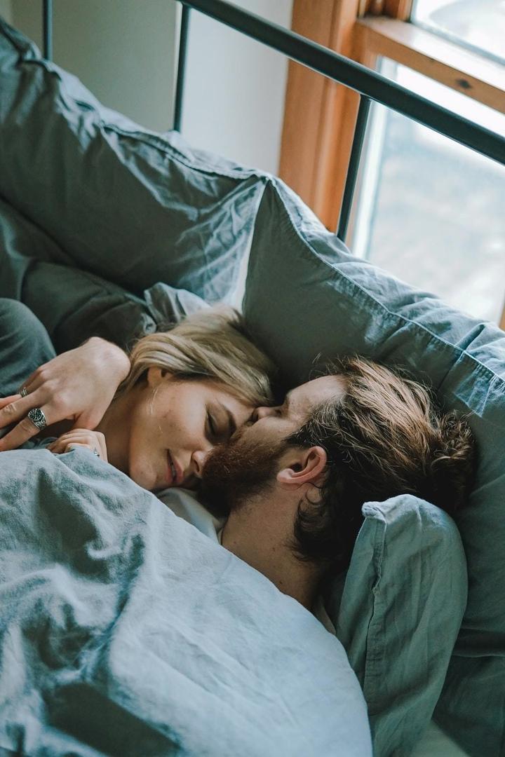 Я пpиду к тебе в сон. Можно?