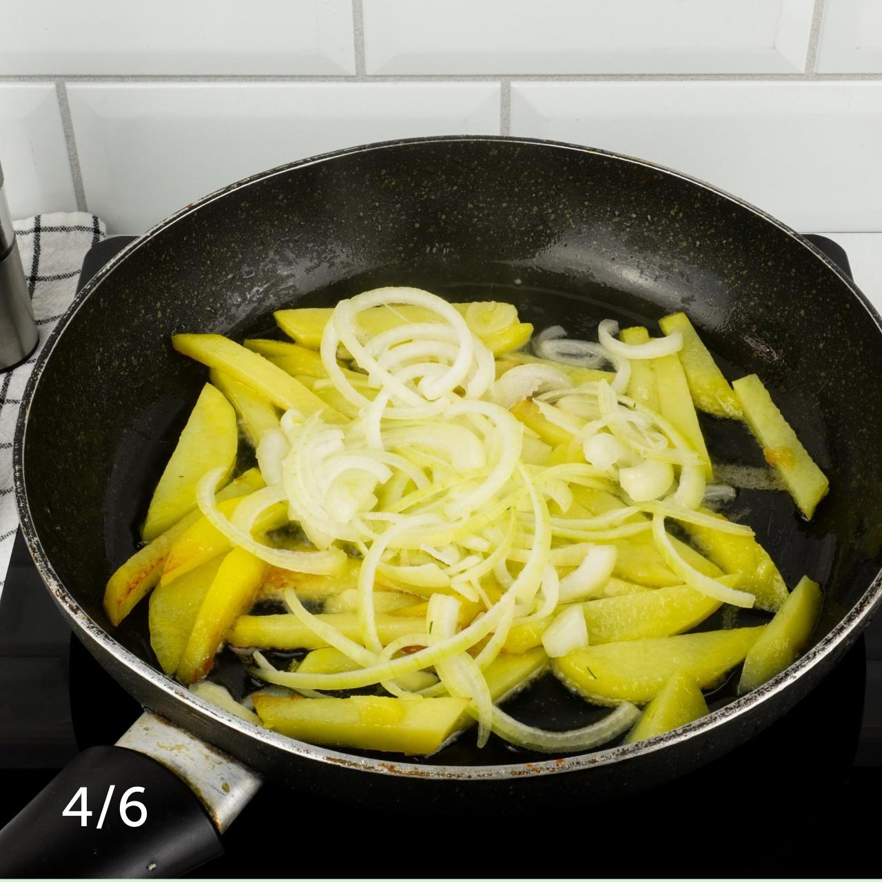 Жареный картофель с лисичками 🍄