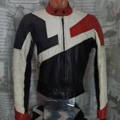 (2233)Кожаная Мотокуртка Akito (Англия), размер S.