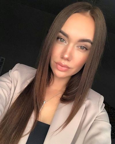 Карина Воронова, Москва