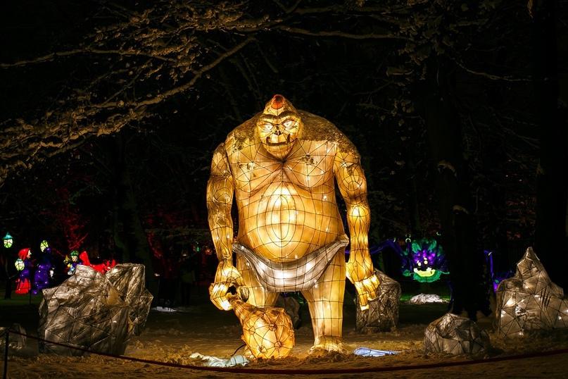 Фестиваль фонарей в Ботаническом саду продлевает работу