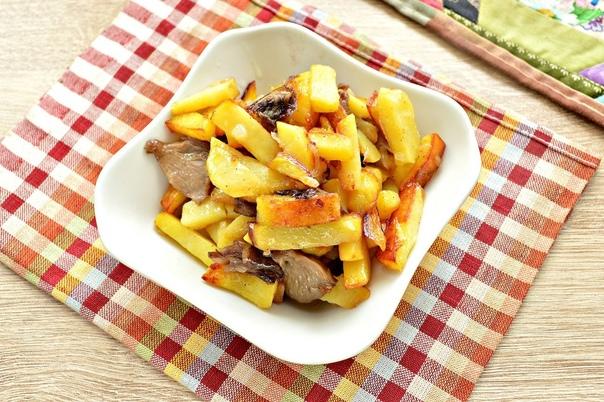 Жареный картофель с маринованными грибами.    Ингредиенты:  -Картофель...
