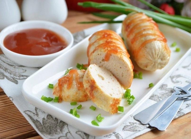 Домашние сосиски с курицей
