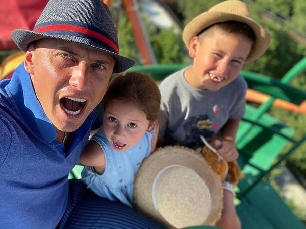 Агата Муцениеце устроила шумный праздник в честь дня рождения сына