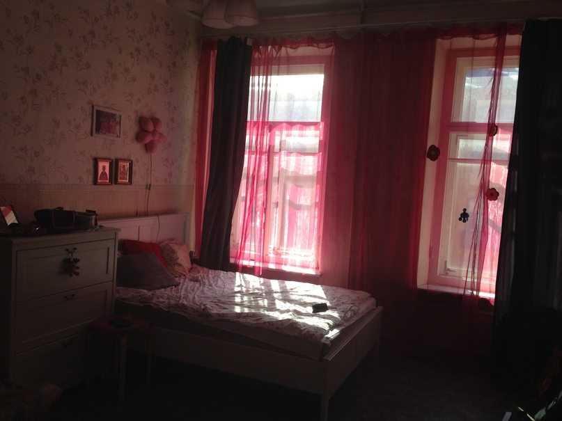 Сдаётся большая ( 21 кв. м.) светлая комната на Васильевском острове, в 4-ех ком...