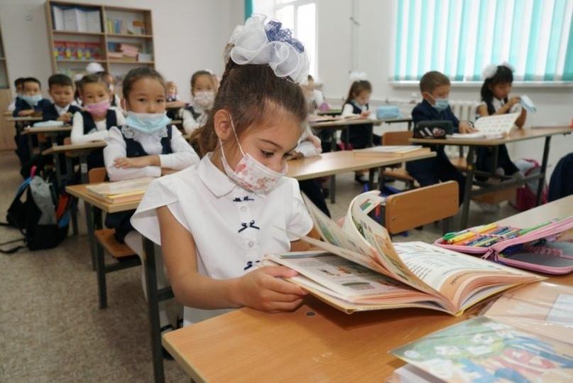 Под звуки кюя: вместо звонка в школах Костаная звучат народные мотивы