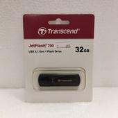 Носитель информации Transcend USB Drive 32Gb JetFlash 700 TS32GJF700 USB 3.0