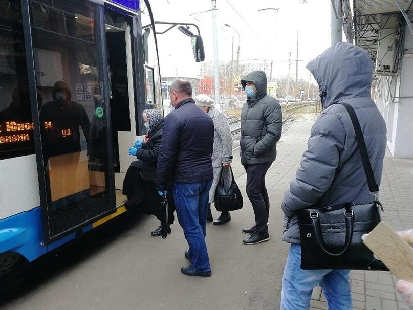 Не ковидом единым. Ульяновцы спрашивают в соцсетях о работе транспорта, выплатах и возвратах средств