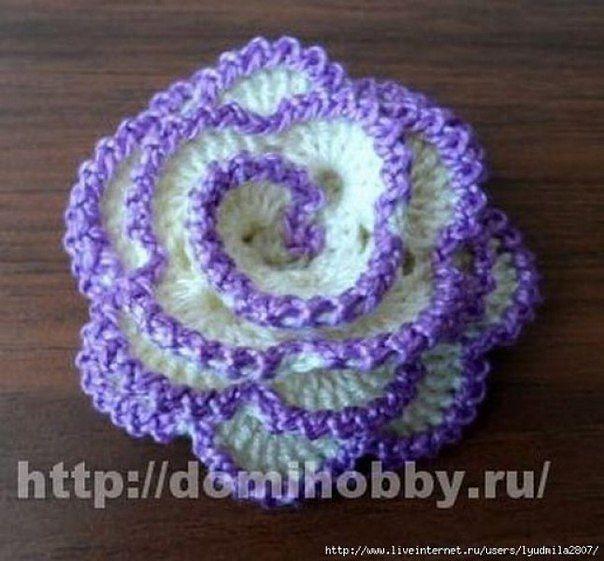 Вяжем красивый цветок крючком