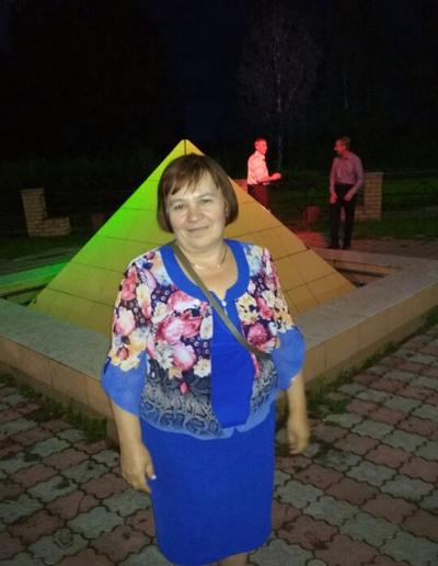 Галина Медведева-Окуловская