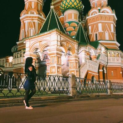 Яна Золотова, Москва