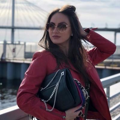 Таня Михайлова, Санкт-Петербург