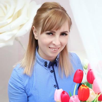 Юлечка Иванова