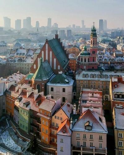 Работа В-Польше, Warszawa