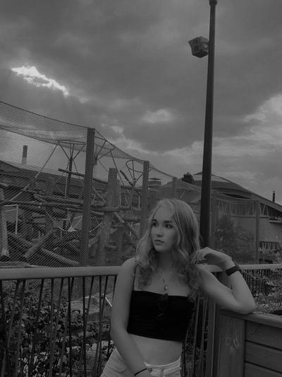 Hayley Ripperhearts, Warszawa