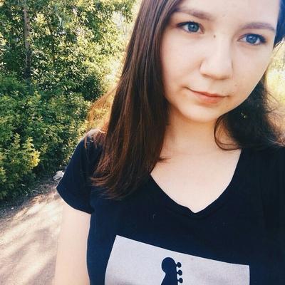 Агата Минаева