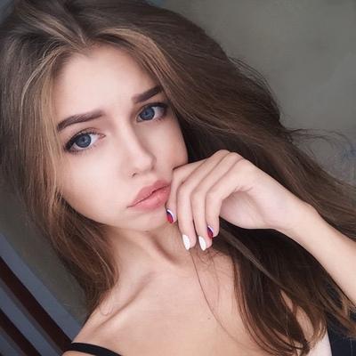 Юлия Сничева, Москва