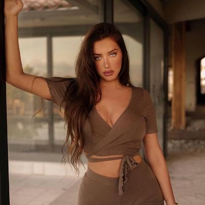 Anastasia Karanikolaou, Los Angeles
