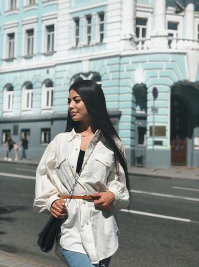 Антонина Веселова, Москва