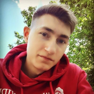 Динар Фазылов