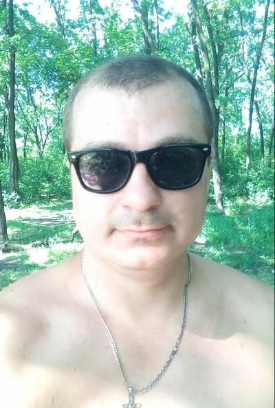 Никита Сухомлинов, Хрустальный / Красный Луч