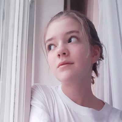 Аня Ефимова