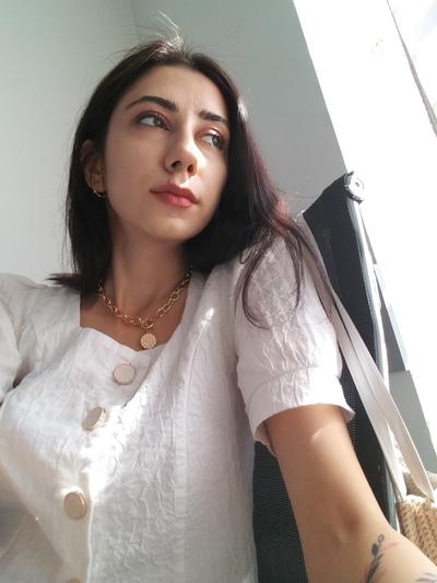 Angubin Khudoyorova