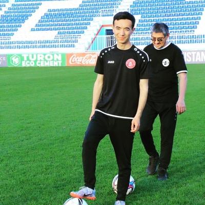 Nurullo Subkhonov