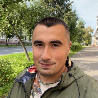 Руслан Атаханов, Москва