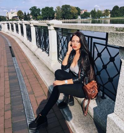 Alina Okhotnikova