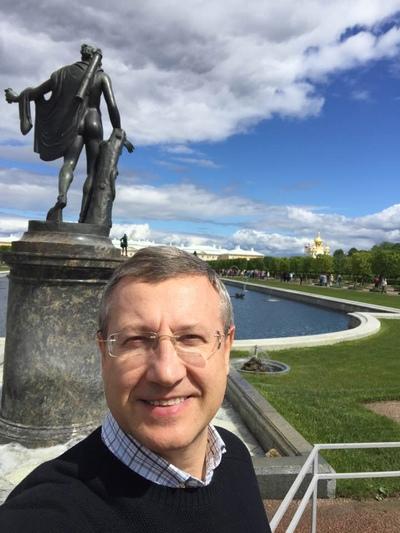 Джозеф Алекси, Минск