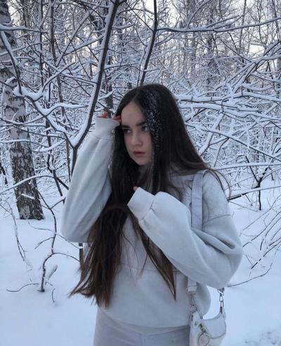 Елена Дарова