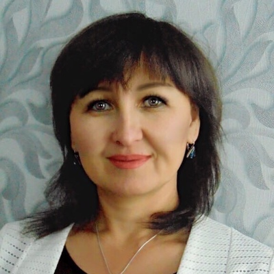 Алма Дощанова, Омск