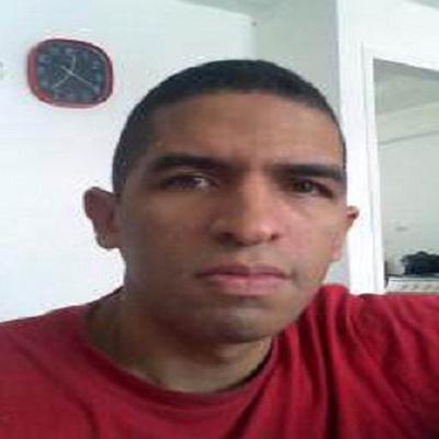 Luis Hernández, Caracas