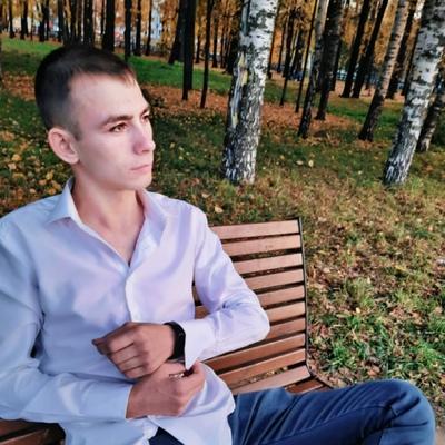 Адель Харисов