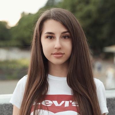 Таисия Полина, Москва